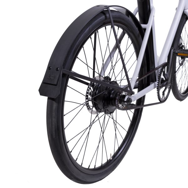Cowboy 3 E-Bike with rain-bow fenders